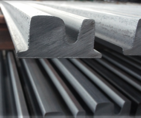 Block Rail: Grooved rail but under a compacted shape format